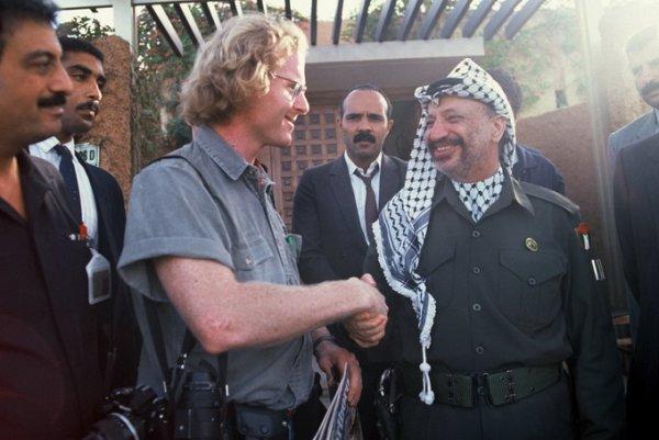 Питер Тернли (Peter Turnley) и Ясир Арафат (Yasser Arafat), Алжир, 1988