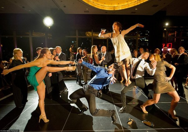 Parsons_Dance_Dancers_Among_Us