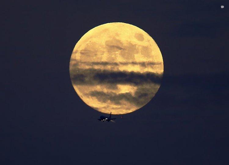 Фотограф: Mike Blake — фото Полнолуния 21