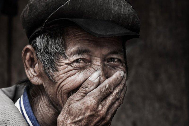 """Глаза людей и """"скрытая"""" улыбка в фотографиях французского фотографа Рехана - №19"""