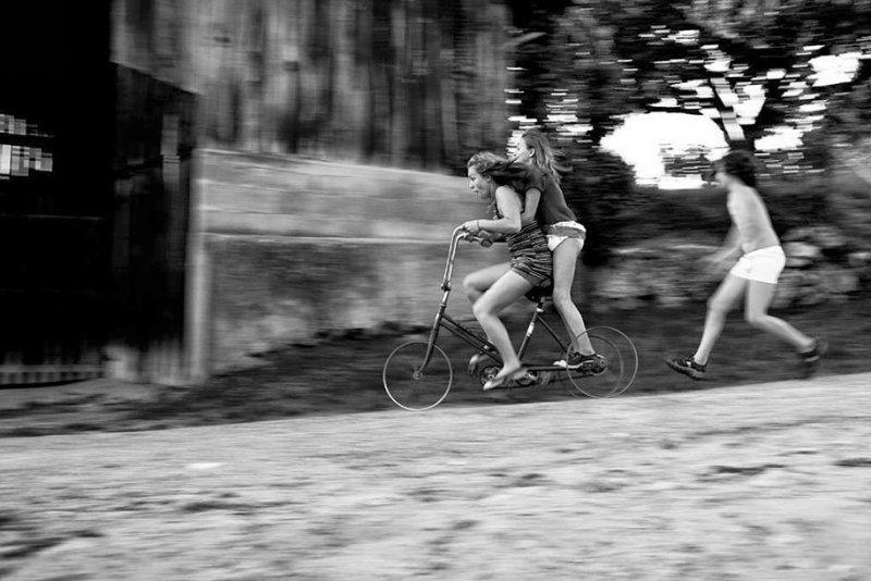 Семейные черно-белые фотографии Алена Лябуэля - №6