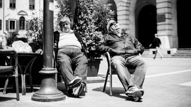 Черно-белая магия уличных портретов Джулио Магнифико - №16