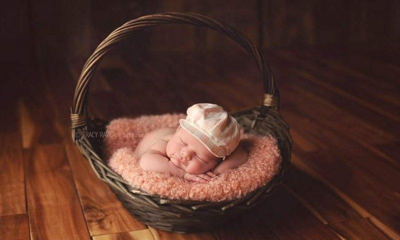 Спящие младенцы в фотографиях Трейси Рейвер - №17