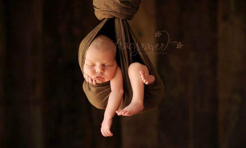 Спящие младенцы в фотографиях Трейси Рейвер - №29