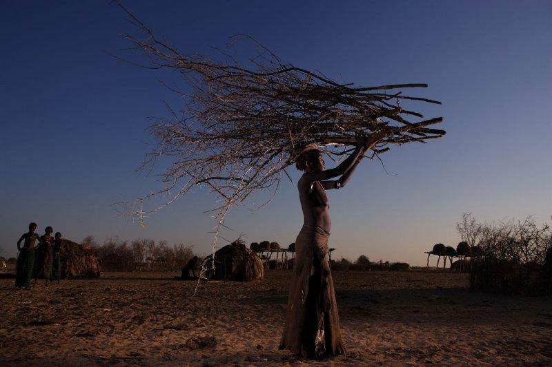 Жизнь Африки в объективе Брента Стиртона - №23