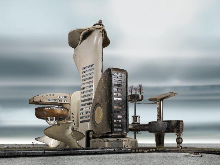 Архитектурные фантазии из домашних предметов - №17