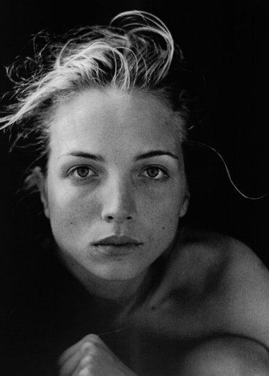Красота в портретах Петера Линдберга - №32