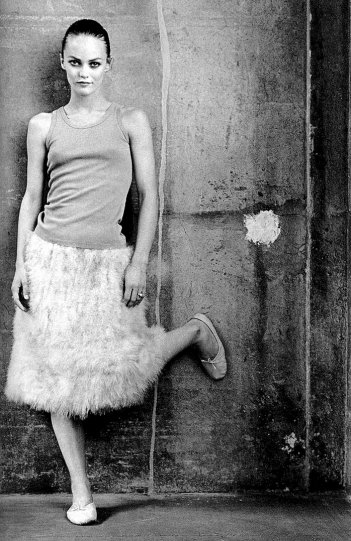 Кейт Барри - №18