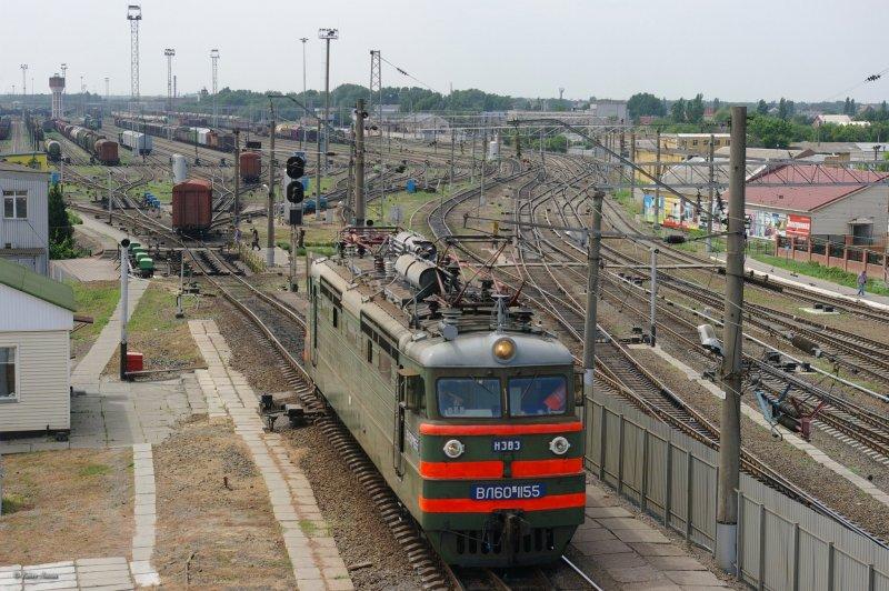 Electric locomotive VL60K-1155 on hump yard
