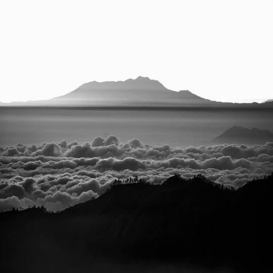 Потрясающие фотографии вулкана Бромо на острове Ява - №3