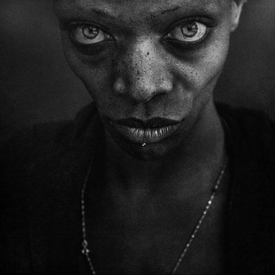 Потрясающие чёрно-белые портреты - №20