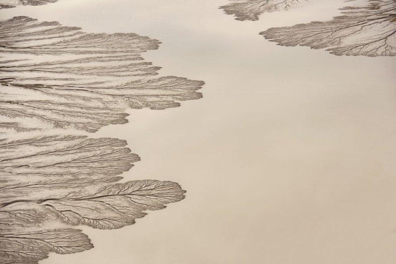 Дельта реки Колорадо в море Кортеса на рассвете.
