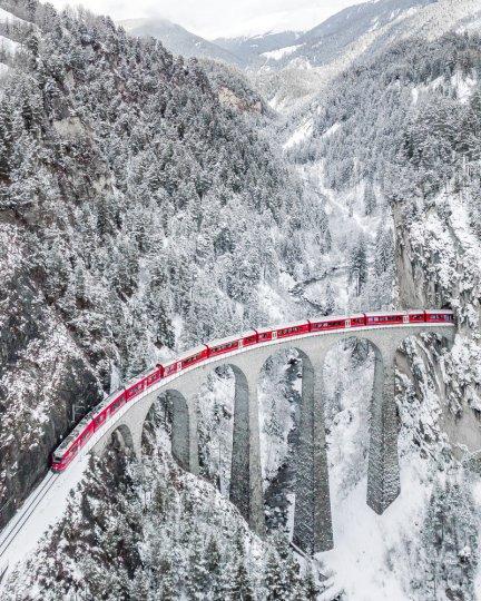Виадук Ландвассер в Швейцарии. Автор фото: Sebastianmzh.