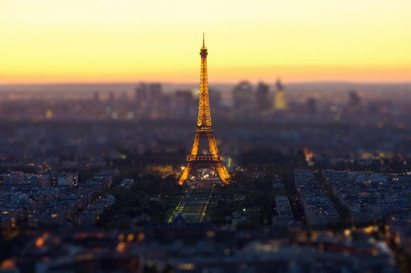 Фото: Mohamed Khalil El Mahrsi (Париж)