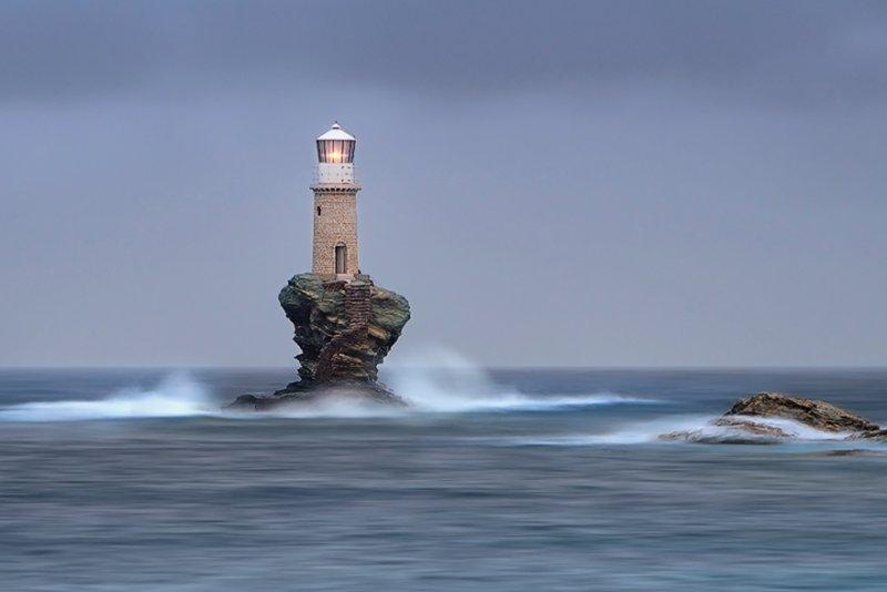 Маяк острова Андрос, Греция. Фото: Мэри Кэй