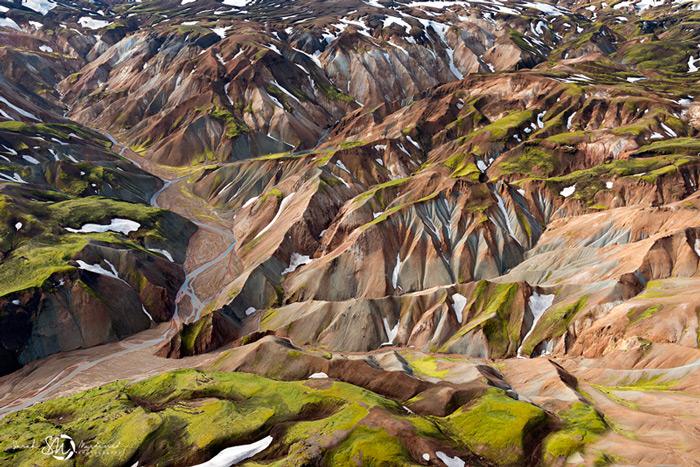 Пейзажи Исландии в аэрофотографиях Сары Мартинет - №3