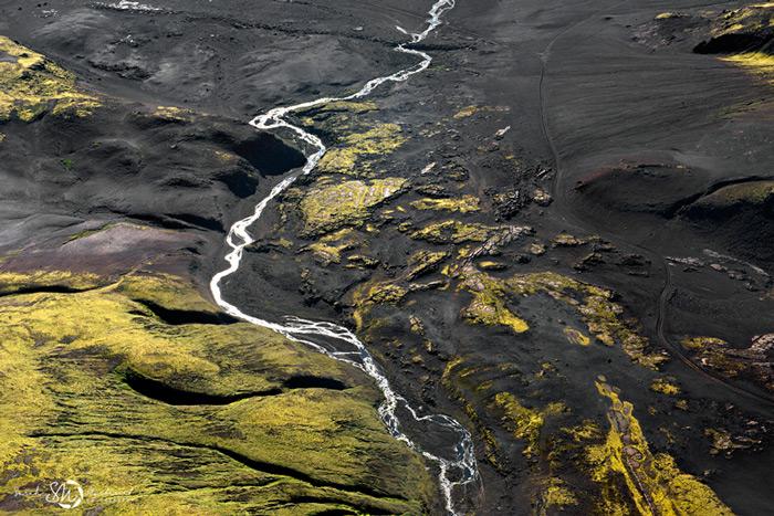 Пейзажи Исландии в аэрофотографиях Сары Мартинет - №5