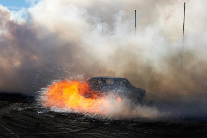 Захватывающие кадры с Burnout Competition - №16