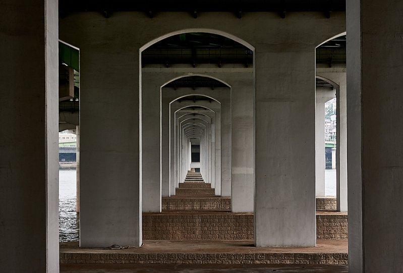 Мануэль Альварес Диестро «Сеульские мосты» - №12