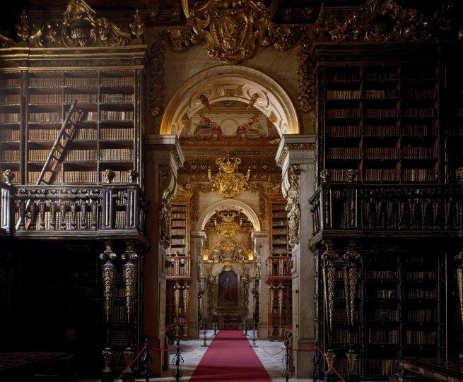 Библиотека Жуанина. Коимбра, Португалия.