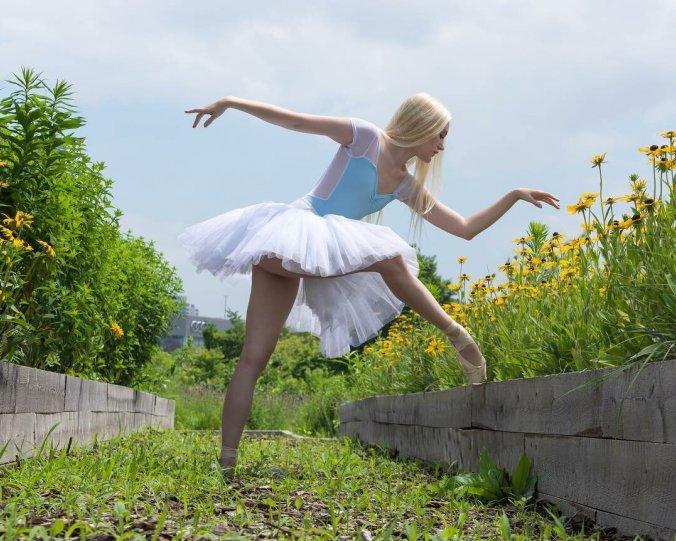 Балерины на улицах - №1