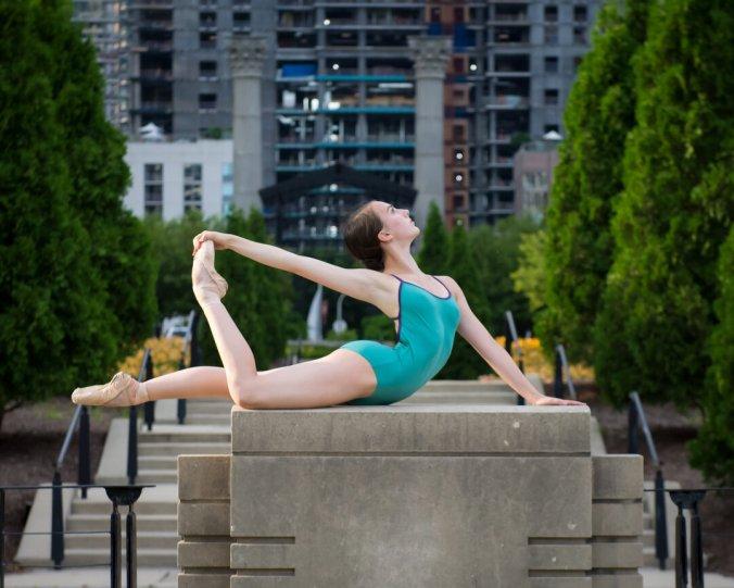 Балерины на улицах - №13
