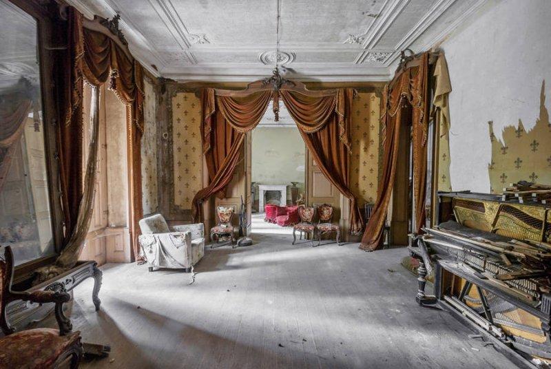 Заброшенные дворцы Европы - №4