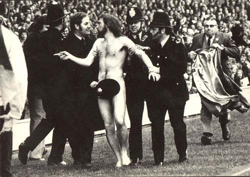 Лучшее фото 1974 года журнала LIFE. Автор: Иен Брэдшоу (Ian Bradshaw).