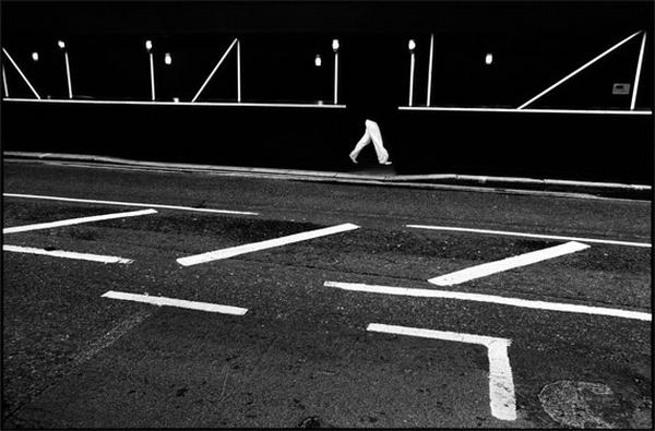Уличная фотография от Matt Stuart - №12