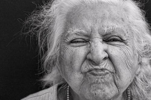 Фото пожилых людей - №3