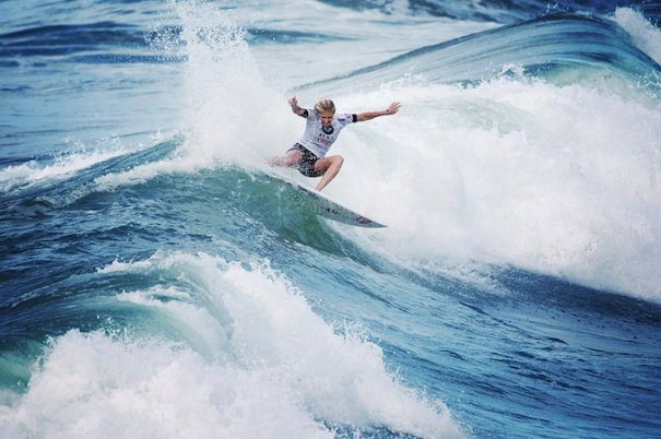 Итоги фестиваля женского серфинга Roxy PRO 2012. - №5