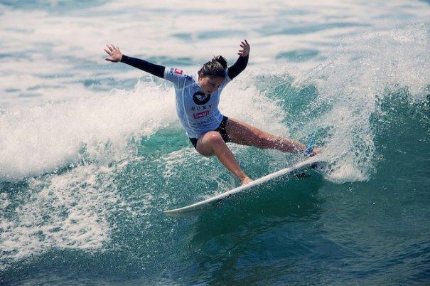 Итоги фестиваля женского серфинга Roxy PRO 2012. - №15