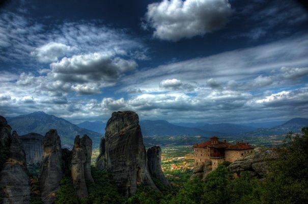 Метеоры - монастыри на отвесных скалах в Греции - №7