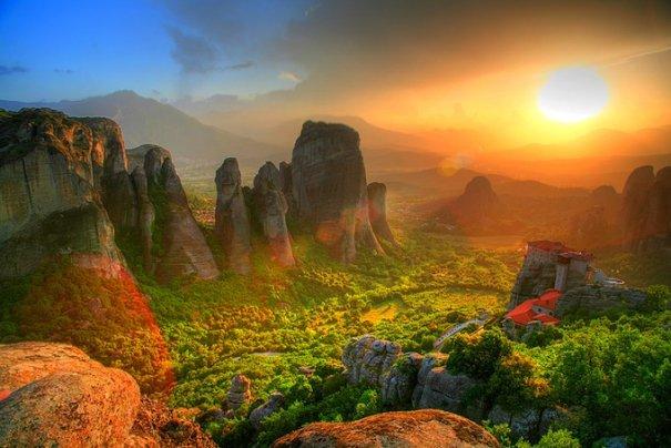Метеоры - монастыри на отвесных скалах в Греции - №11