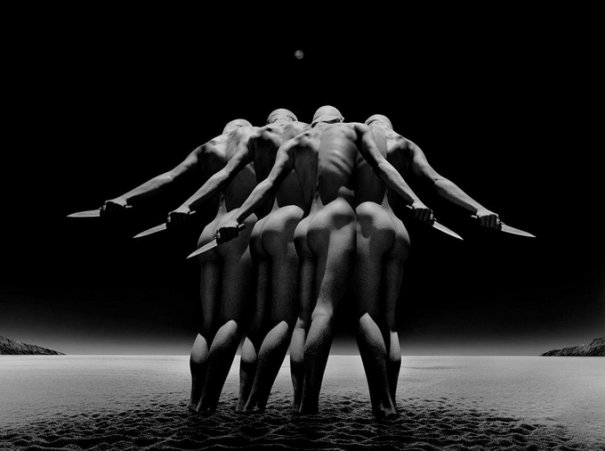 Концептуальные черно-белые фотографии Миши Гордина/Misha Gordin - №18