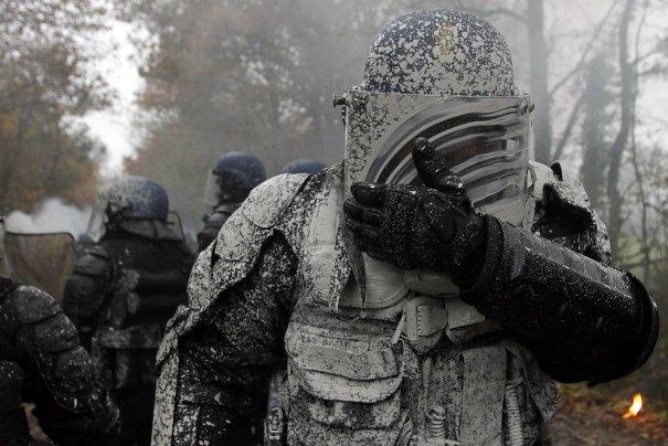 Stephane Mahe/Reuters