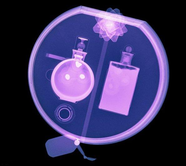 science photo - Цветные рентгеновские снимки подарков! - №2