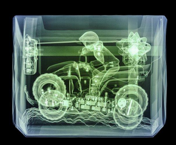 science photo - Цветные рентгеновские снимки подарков! - №15