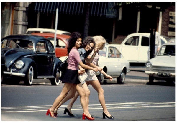 уличное фото девушек