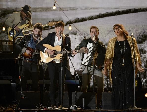 ТОП фото - лучшие кадры 55-ой церемонии «Грэмми»-2013 - №20