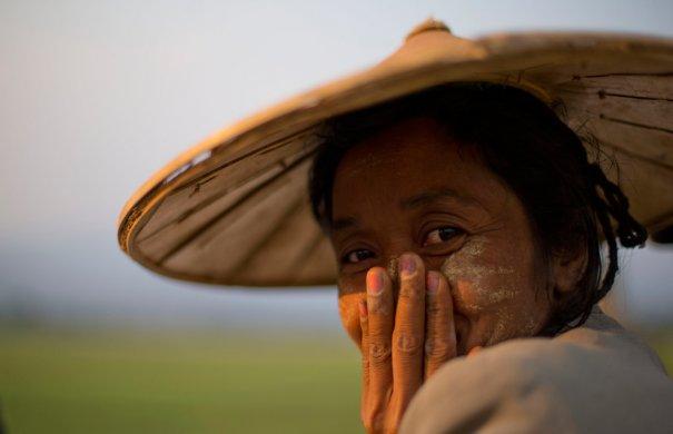 Gemunu Amarasinghe/Associated Press