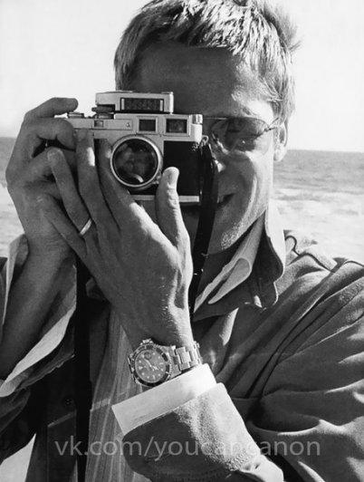 Знаменитые люди с фотоаппаратом в руках - №8