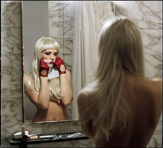 Девушка как воплощение красоты в жанре Ню - №5