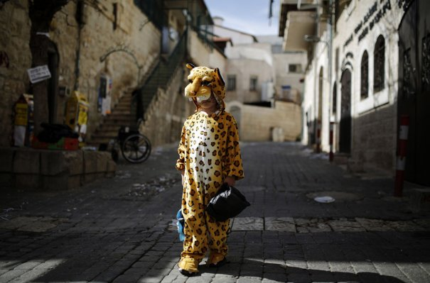 Reuters/Amir Cohen