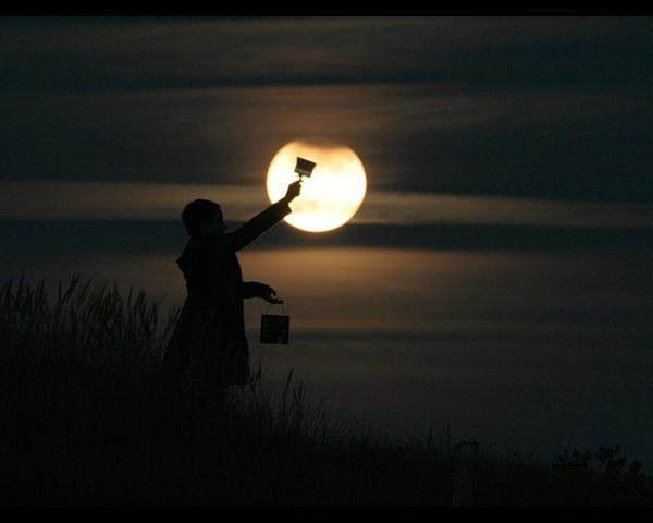 Ночная фото игра с Луной - №5