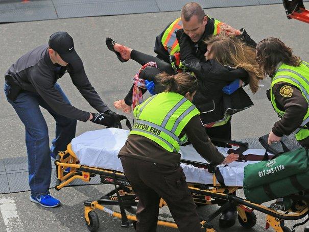 Взрывы во время Бостонского марафона - №15