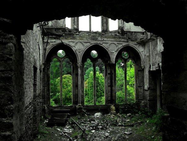 ТОП самых красивых заброшенных мест в мире - №19