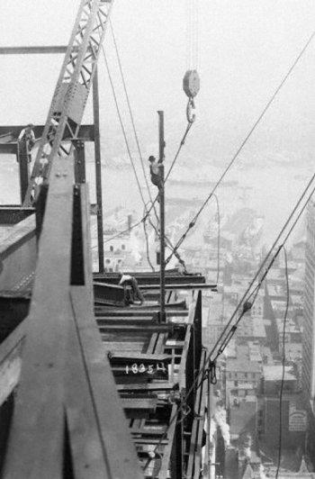 Самые головокружительные фотографии со строительства Нью-Йорка - №17