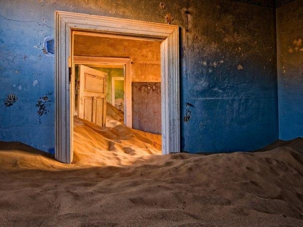 Необычная подборка заброшенных мест - №8