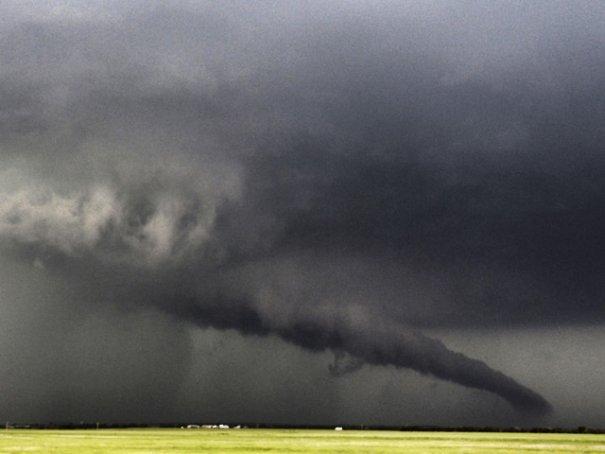 Новости в фотографиях - Ужасные последствия торнадо в Оклахоме, США - №3